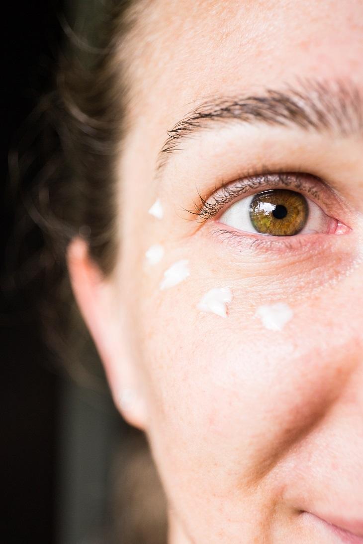 Wintertips voor een comfortabele huid   Oogverzorging